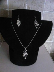 NECKLACE&EARRINGS
